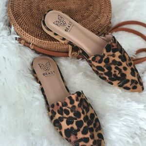 MisckaPu Shoes - 💐LEOPARD PERFORATED FLAT MULES